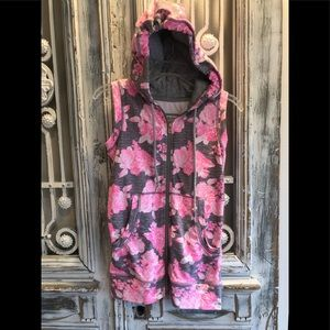 Lorna Jane Active Floral Hooded Vest Sz XS